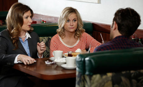 Parks and Recreation Season 7 Episode 7 Review: Donna and Joe