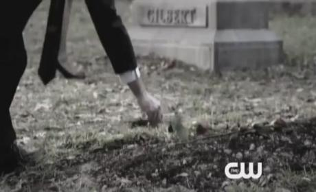 "The Vampire Diaries Promos: ""The Sun Also Rises"""