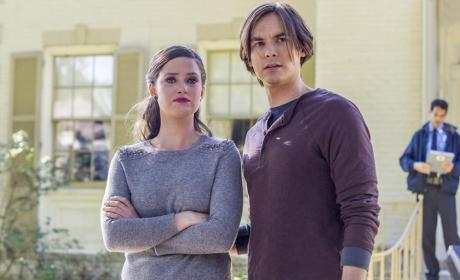 Ravenswood: Watch Season 1 Episode 7 Online