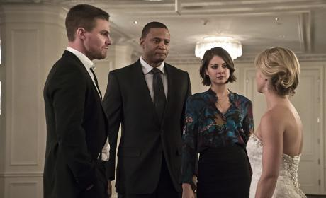 Greeting her Guests - Arrow Season 4 Episode 16