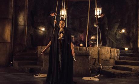 Before the Pit - Arrow Season 3 Episode 20