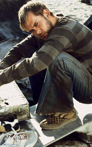 Dominic Monaghan as Charlie