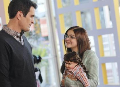 Watch Modern Family Season 3 Episode 16 Online