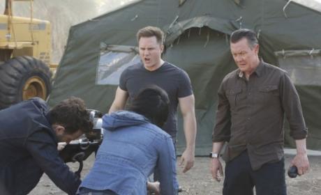 Watch Scorpion Online: Season 2 Episode 22