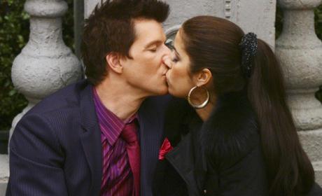 Daniel and Hilda Kiss!