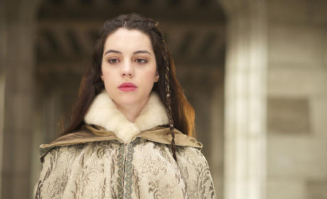 Reign Picture Preview: Mary Queen of Snow