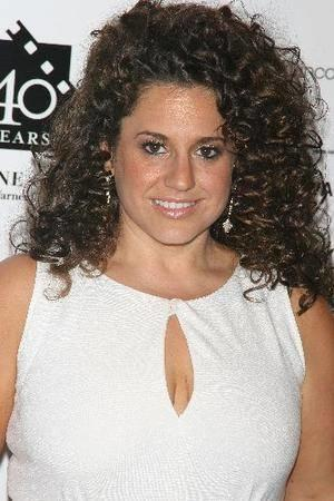 Marissa Jaret Winokur Photo