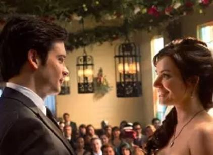 Watch Smallville Season 10 Episode 21 Online