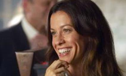 Alanis Morisette Speaks on Weeds Role, Storyline