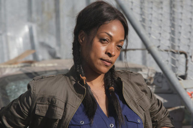 Kellita Smith as Roberta Warren