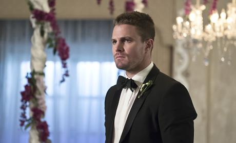 Groom - Arrow Season 4 Episode 16