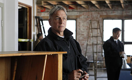 "NCIS 200th Episode Spoilers: Gibbs to Ask ""What If"" ..."