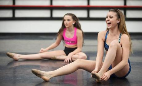 Dance Moms: Watch Season 4 Episode 18 Online