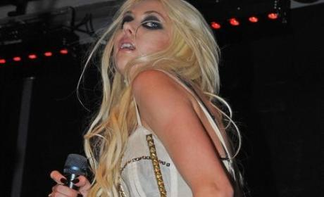 Taylor Momsen: Legally an Adult at 17?