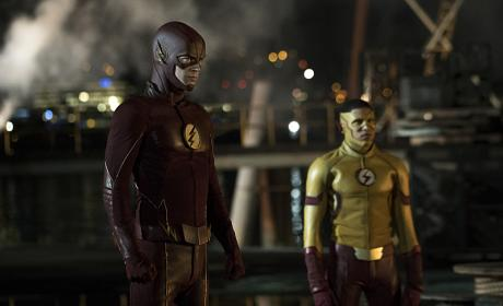 Two Flashes (Again) - The Flash Season 3 Episode 1