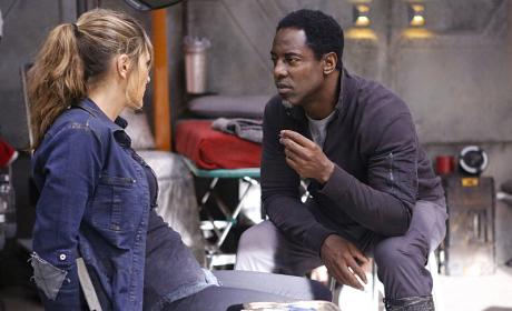 The 100 Season 3 Episode 10 Review: Fallen