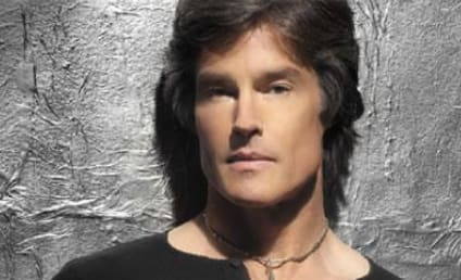 Ronn Moss Appears on Italian Dancing with the Stars
