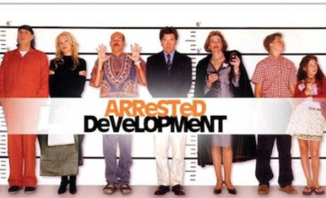 Arrested Development Cast Reunites, Previews Unique Season 4