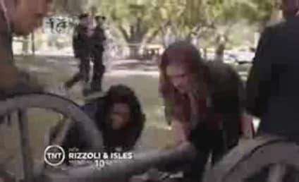 Rizzoli & Isles Promo/Sneak Peek: Fighting Two Wars