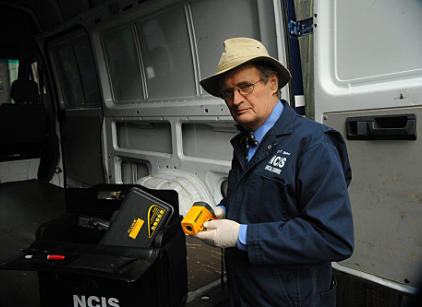 Watch NCIS Season 8 Episode 16 Online