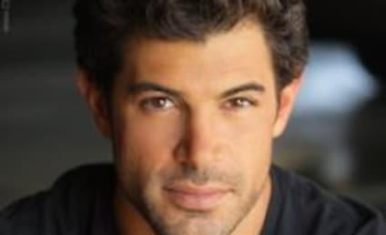 Damon Dayoub Nabs Male Lead in New Shonda Rhimes Drama