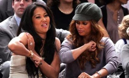 Tyra Banks, Friends Hangin' Courtside