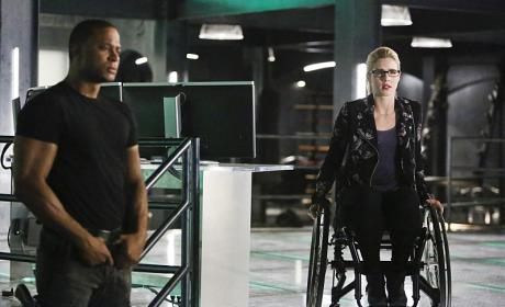She Already Knows - Arrow Season 4 Episode 15