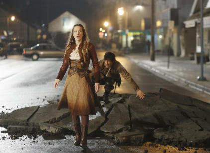 Watch Once Upon a Time in Wonderland Season 1 Episode 13 Online
