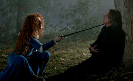 A Sword to His Throat - Once Upon a Time Season 5 Episode 5