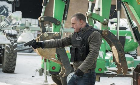 Construction Site - Chicago PD Season 3 Episode 15