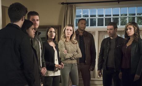 Laurel Joins the Fun - Arrow Season 4 Episode 8