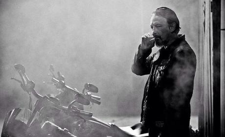 Sons of Anarchy: Watch Season 7 Episode 2 Online