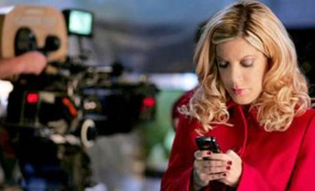 Tori Spelling Returns as Linda Lake to Smallville