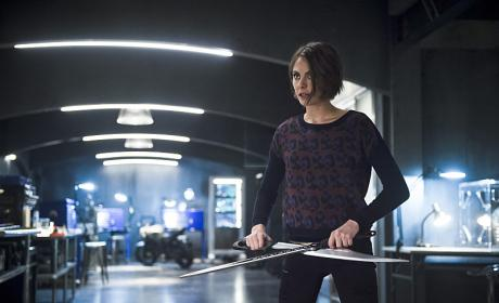 Watch Arrow Online: Season 4 Episode 18