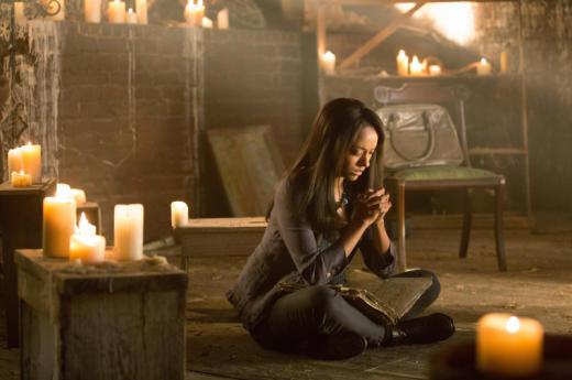 Bonnie prays