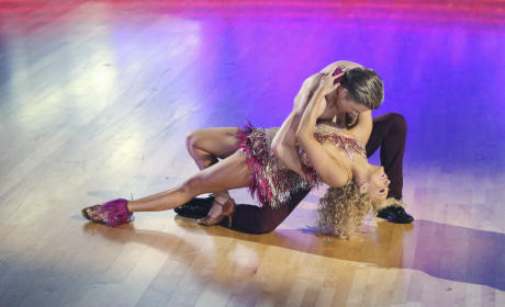 Nastia and Derek: Samba - Dancing With the Stars Season 20 Episode 3