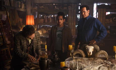Ash vs Evil Dead Season 1 Episode 3 Review: Books from Beyond