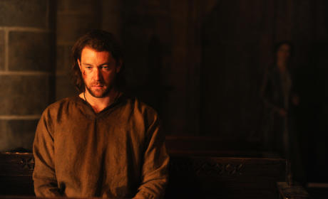 The Bastard Executioner Preview: Lee Jones on Preparing for Role, Game of Thrones Comparisons