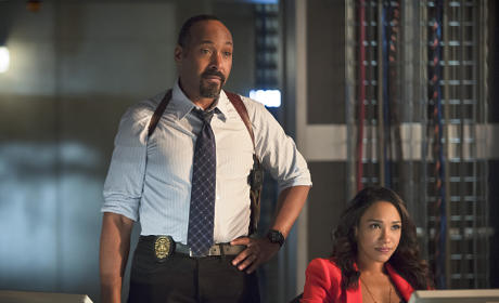 Watch The Flash Online: Season 2 Episode 7