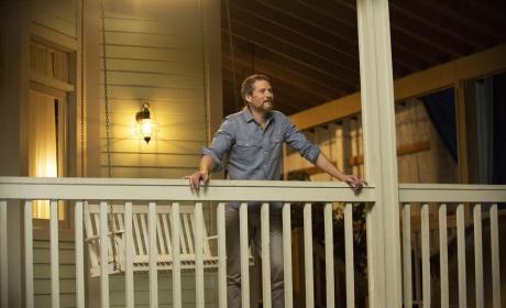 David's Back Home - Revenge Season 4 Episode 5
