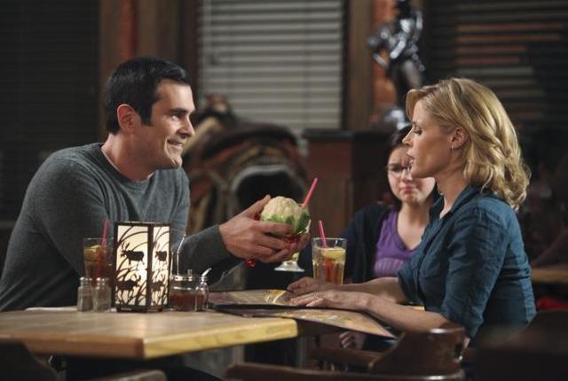 Watch modern family season 2 episode 16 online tv fanatic