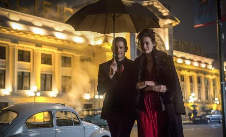 DC's Legends of Tomorrow Photo Preview: Seeing Red