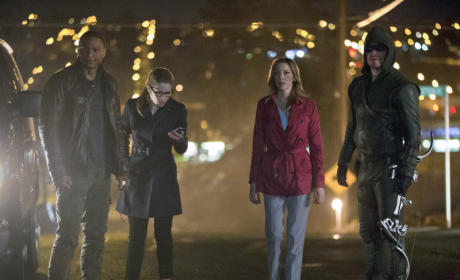 Arrow: Watch Season 2 Episode 22 Online