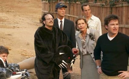 Arrested Development Season 4 to Center on Bluth Family Movie