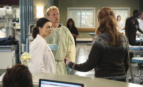 Finger Pointing - Grey's Anatomy Season 11 Episode 7