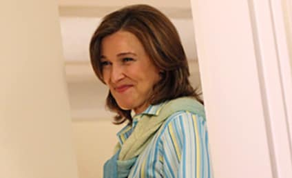 Brenda Strong to Actually Be Seen on Desperate Housewives