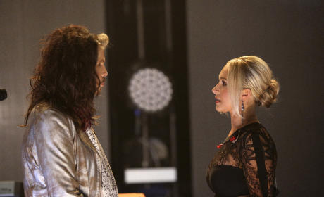 Nashville Season 4 Photo Preview: A Rockin' New Guest Star
