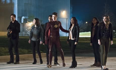 Street Gang - The Flash Season 2 Episode 23