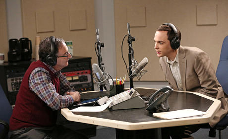 The Big Bang Theory: Watch Season 7 Episode 10 Online