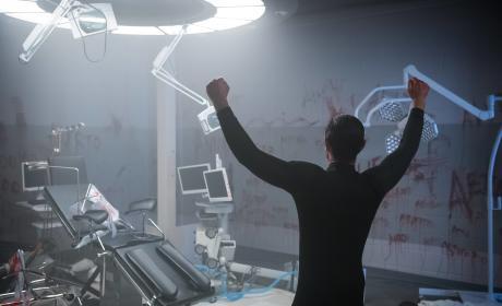 Galavan gone wild - Gotham Season 2 Episode 10